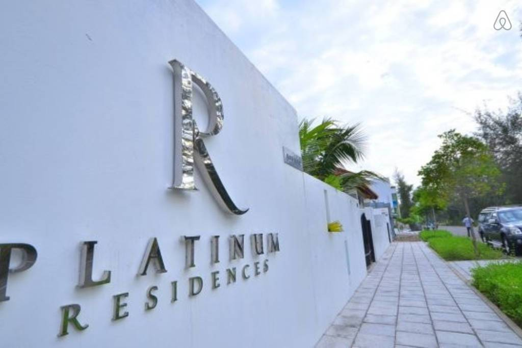 The Platinum Residence Maldives, Bodubados, Maldives, what is a bed and breakfast? Ask us and book now in Bodubados