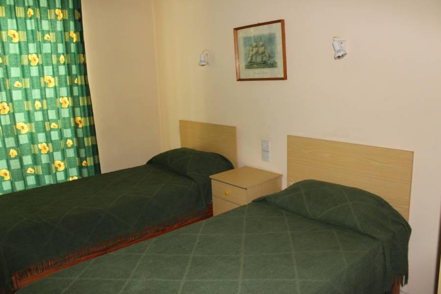 AA Apartments, Marsalforn, Malta, vse, kar potrebujete za vaš dopust v Marsalforn