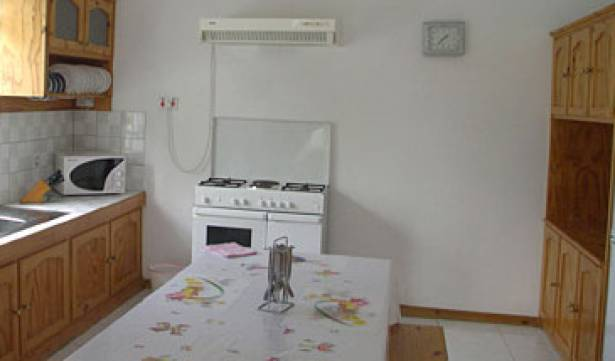 Barachois Apartment - Search for free rooms and guaranteed low rates in Lagaulette 2 photos