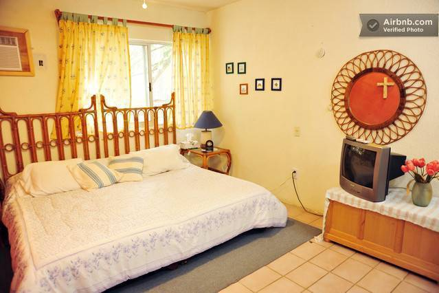 Casa Naranja Bed and Breakfast, Cancun, Mexico, Mexico hotels and hostels