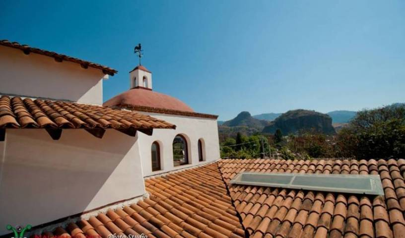 Casa de Huespedes Las Bugambilias - Search available rooms for hotel and hostel reservations in Malinalco 8 photos