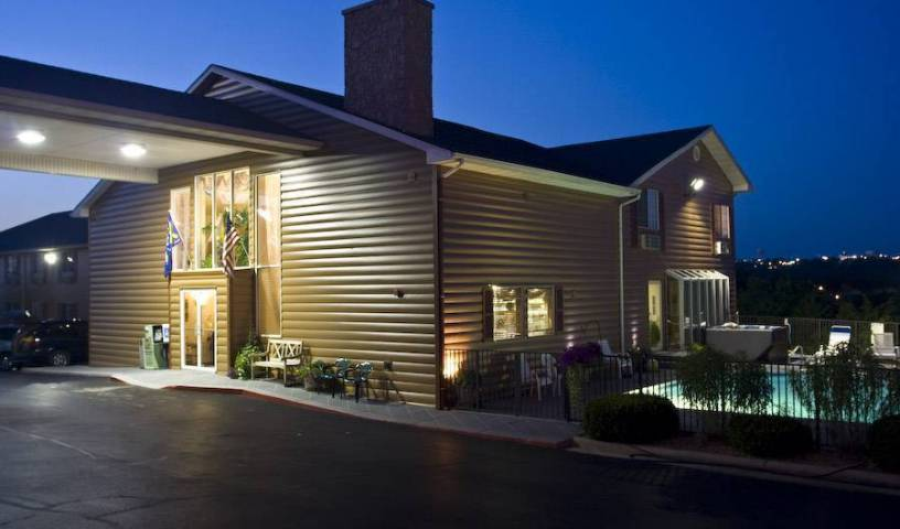 Scenic Hills Inn - Search for free rooms and guaranteed low rates in Branson, hostel bookings for special events 11 photos
