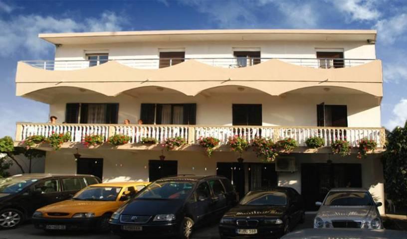 Llazorja Apartments 35 photos