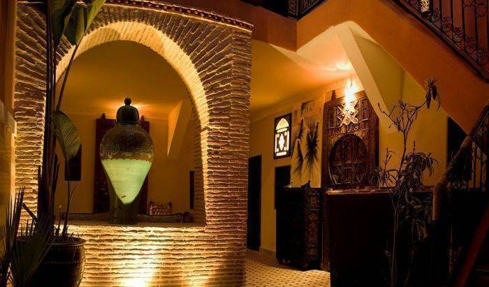 Dadamouss, Michelin rated hotels in Aïn er Rmel, Morocco 8 photos