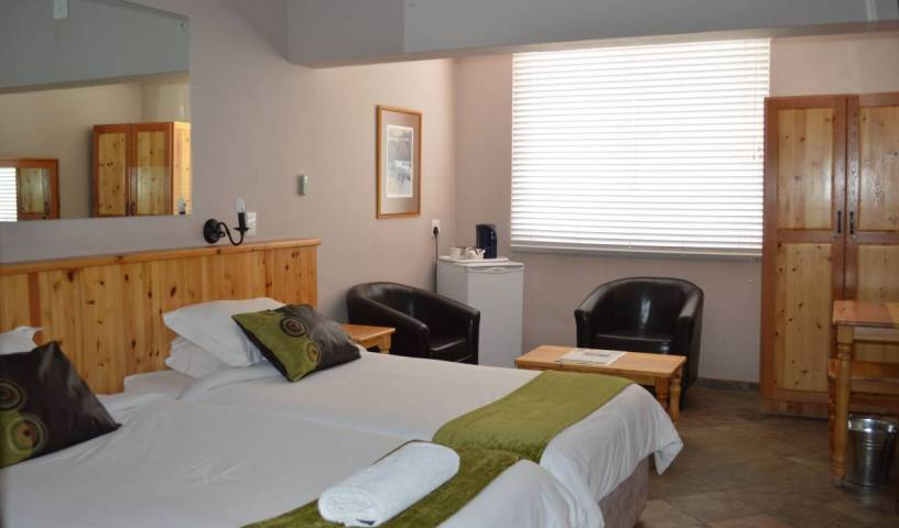 Bird's Accommodation - Search available rooms for hotel and hostel reservations in Keetmanshoop 16 photos