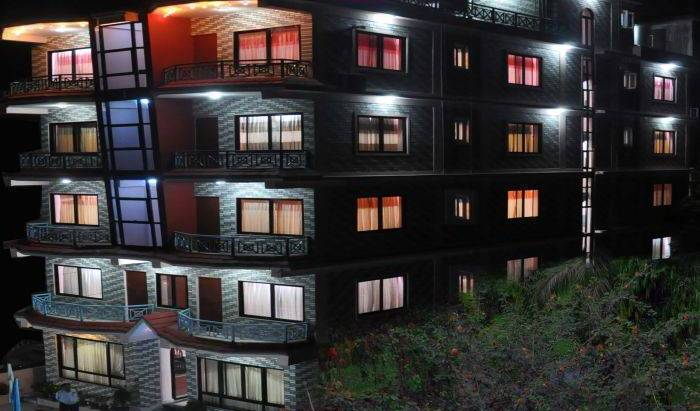 Hotel Fewa Holiday Inn 9 photos