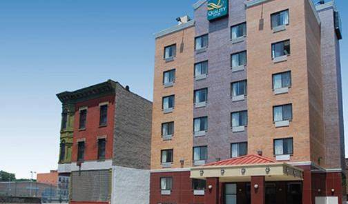 Quality Inn Hotel - Search for free rooms and guaranteed low rates in Brooklyn 5 photos