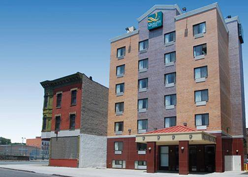 Quality Inn Hotel, Brooklyn, New York, New York отели и хостелы