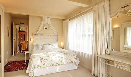 Tirimoana House Bed And Breakfast Lodge - Search for free rooms and guaranteed low rates in Picton, Manawatu-Wanganui, New Zealand hotels and hostels 11 photos