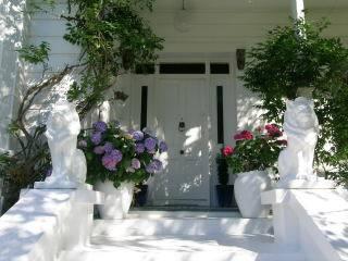 Sennen House Luxury Accommodation Lodge, Picton, New Zealand, Check Hotel-Listen für Informationen über Bars, Restaurants, Küche und Unterhaltung im Picton