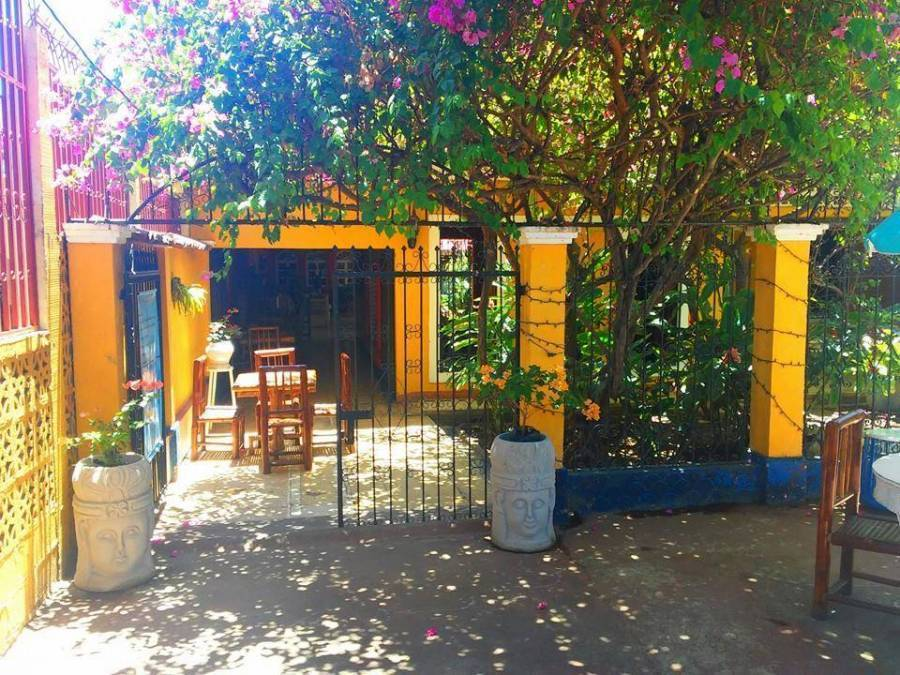 Hotel Casa del Lago, Granada, Nicaragua, youth hostels and cheap hotels, stay close to what you want to see and do in Granada