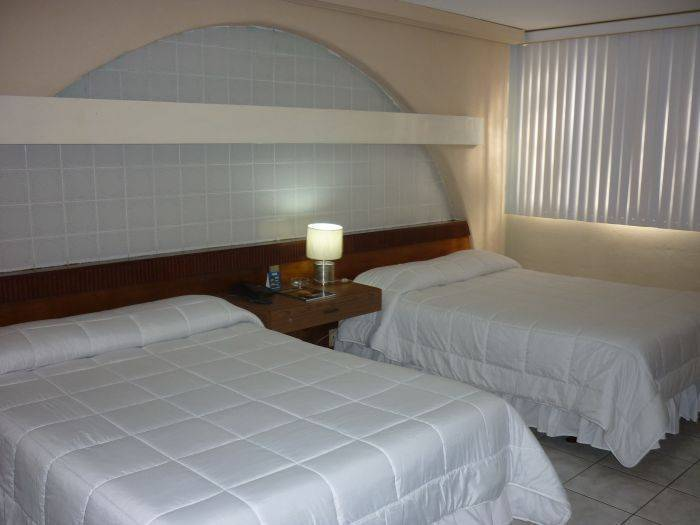 Hotel Estrella, Managua, Nicaragua, hotels for vacationing in winter in Managua