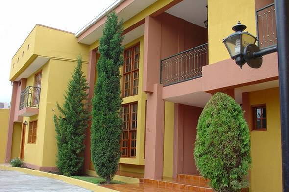 Hotel Los Pinos, Managua, Nicaragua, join the hotel club, book with Instant World Booking in Managua