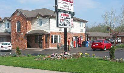 Caravan Inn - Get low hotel rates and check availability in Niagara Falls 5 photos