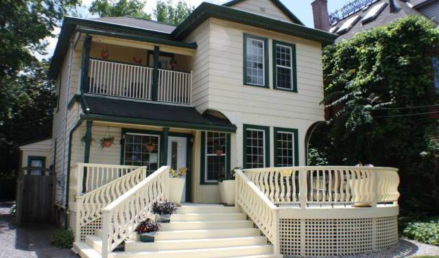 Ellis House Bed and Breakfast - Get low hotel rates and check availability in Niagara Falls 20 photos