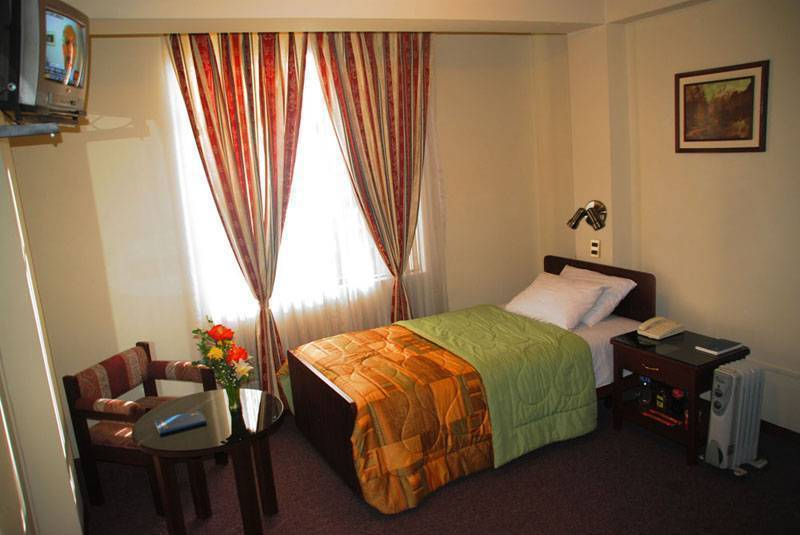 Camino Real Turistico, Puno, Peru, hotels near transportation hubs, railway, and bus stations in Puno