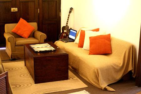 Nomade Backpackers Hostel, Lima, Peru, compare reviews for hostels in Lima