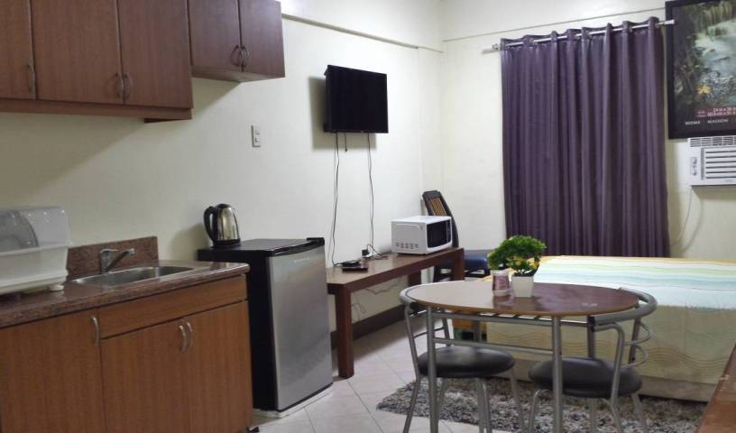 Studio Taguig City Near Bgc and Acacia 3 photos