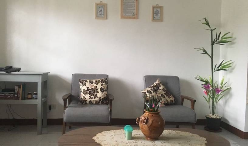 Transient and Backpackers House - Search for free rooms and guaranteed low rates in Tuguegarao City 9 photos