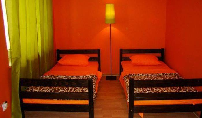 Hostel Giraffe - Get cheap hostel rates and check availability in Krakow, PL 10 photos