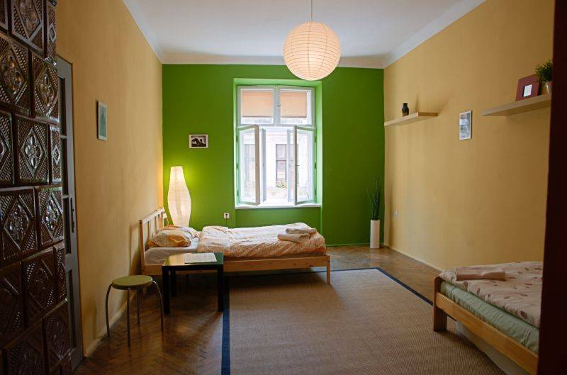 Tutti Frutti Hostel, Krakow, Poland, what is a bed and breakfast? Ask us and book now in Krakow