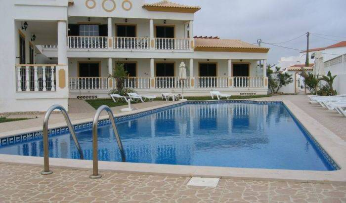 Apartamentos Solar Veiguinha - Get low hotel rates and check availability in Albufeira 13 photos