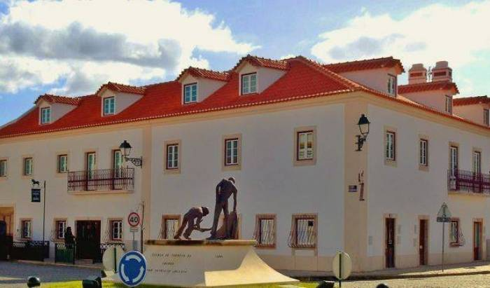 Casa do Largo - Golega - Get low hotel rates and check availability in Golega 17 photos