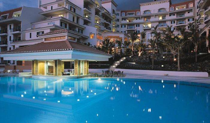 Madeira Regency Palace - Search for free rooms and guaranteed low rates in Funchal, hotel bookings 6 photos