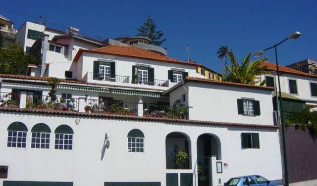 Guest House Vila Teresinha - Search for free rooms and guaranteed low rates in Funchal 15 photos