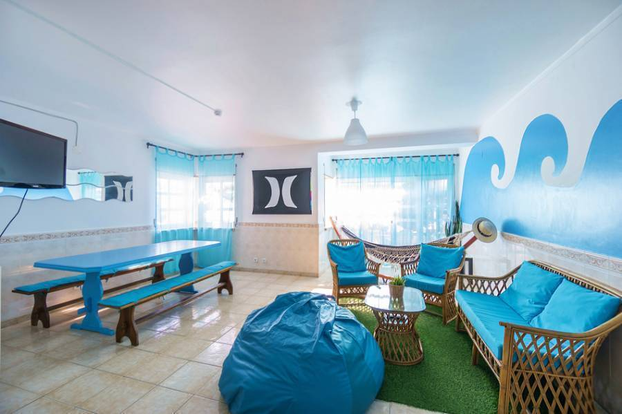 H2O Surfguide Hostel, Baleal, Portugal, hotel and hostel world best places to stay in Baleal
