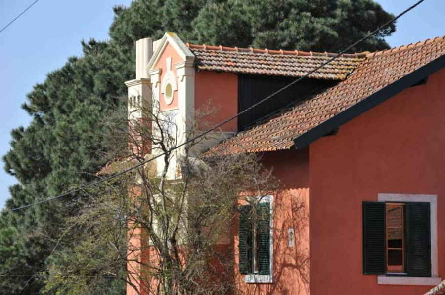 Quinta da Capella Country House, Sintra, Portugal, hotels and hostels for fall foliage in Sintra