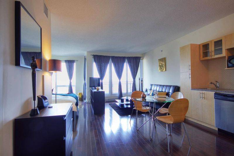 Gold Label, Montreal, Quebec, compare prices for hotels, then book with confidence in Montreal