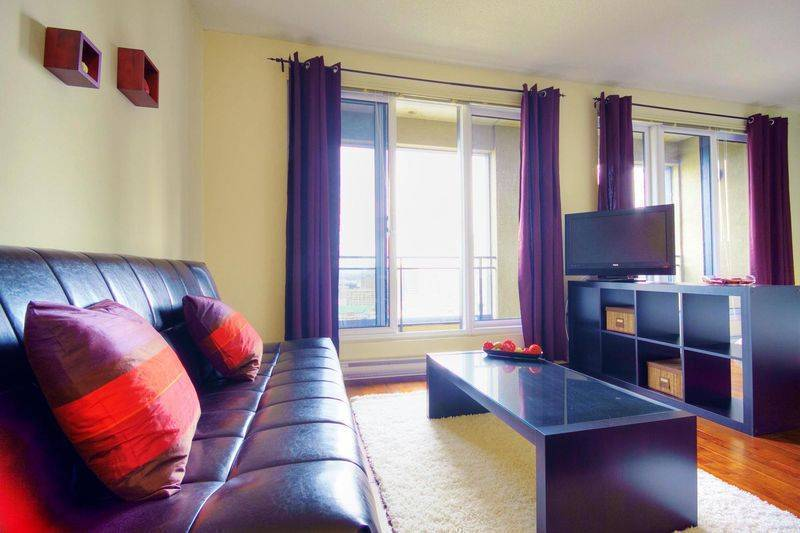 Jupiter, Montreal, Quebec, discounts on hotels in Montreal