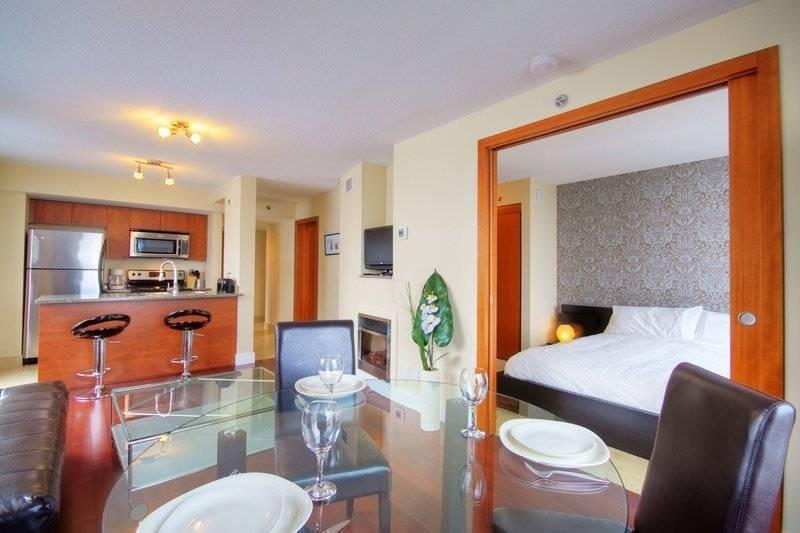 Marbella, Montreal, Quebec, Quebec hotels and hostels