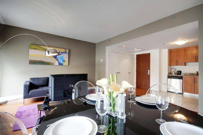 Velvet, Montreal, Quebec, hotels near the music festival and concerts in Montreal