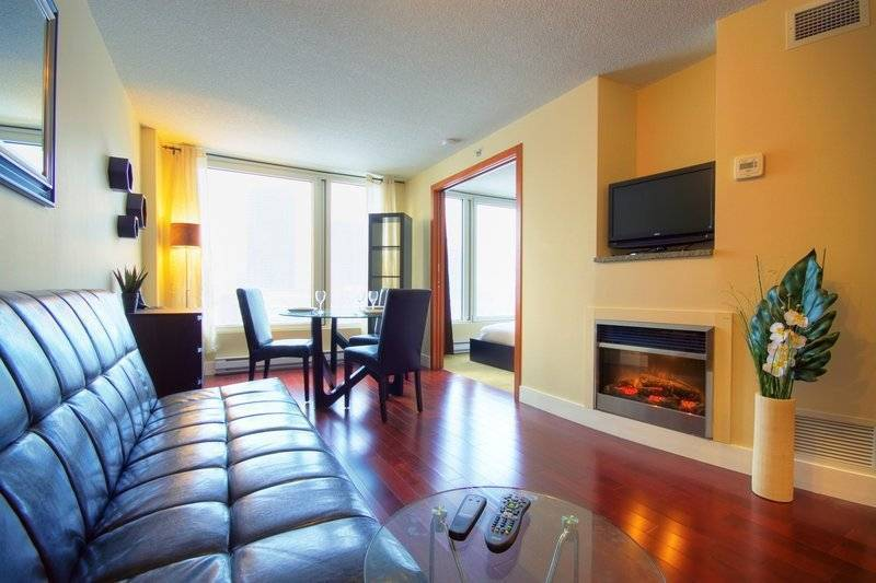Venetian, Montreal, Quebec, hotels for world travelers in Montreal