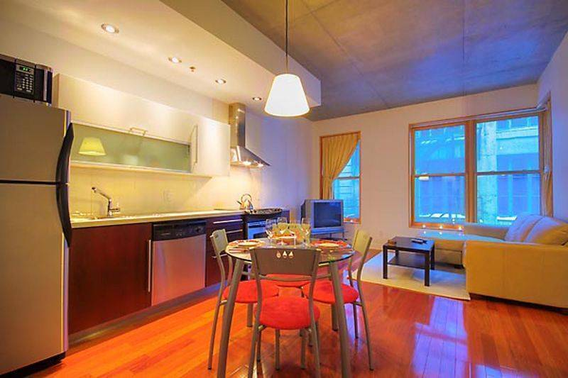 Zenith, Montreal, Quebec, browse hotel reviews and find the guaranteed best price on hotels for all budgets in Montreal