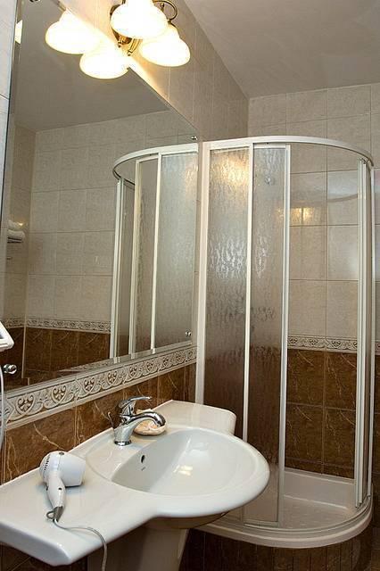Ambient Guest House, Brasso, Romania, hotels and hostels in tropical destinations in Brasso