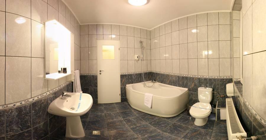 Andre's Hotel, Craiova, Romania, eco friendly hotels and hostels in Craiova