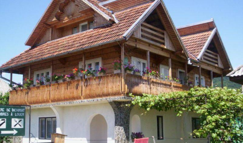 Casa Muntean - Search for free rooms and guaranteed low rates in Vadu Izei 5 photos