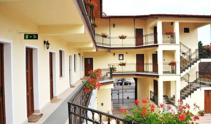 Long Street Hotel - Search available rooms for hotel and hostel reservations in Brasso 11 photos