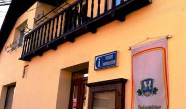 Pensiunea Chic - Search for free rooms and guaranteed low rates in Sighisoara 15 photos