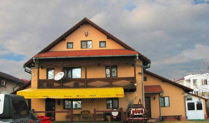 Villaverde - Search for free rooms and guaranteed low rates in Bucharest 12 photos