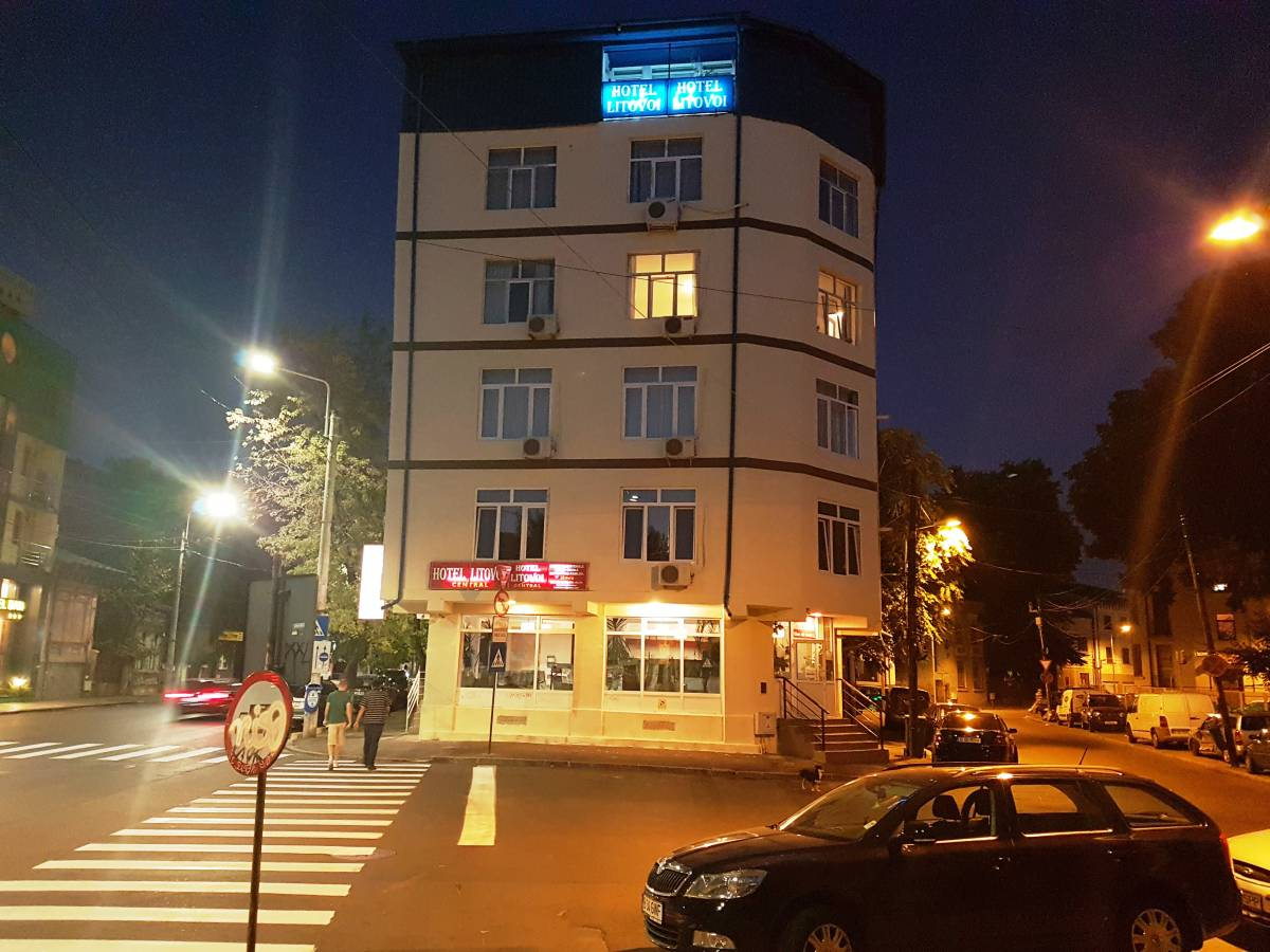 Litovoi Central Hotel, Bucuresti, Romania, backpackers gear and staying in hostels or budget hotels in Bucuresti