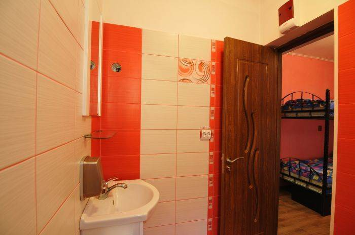 Old Town Hostel Brasov, Brasso, Romania, best price guarantee for hotels in Brasso