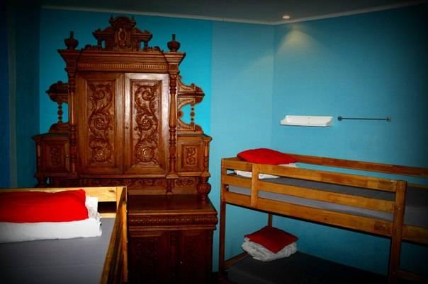 Old Flat Hostel At 1st Sovetskaya, Saint Petersburg, Russia, discount travel in Saint Petersburg