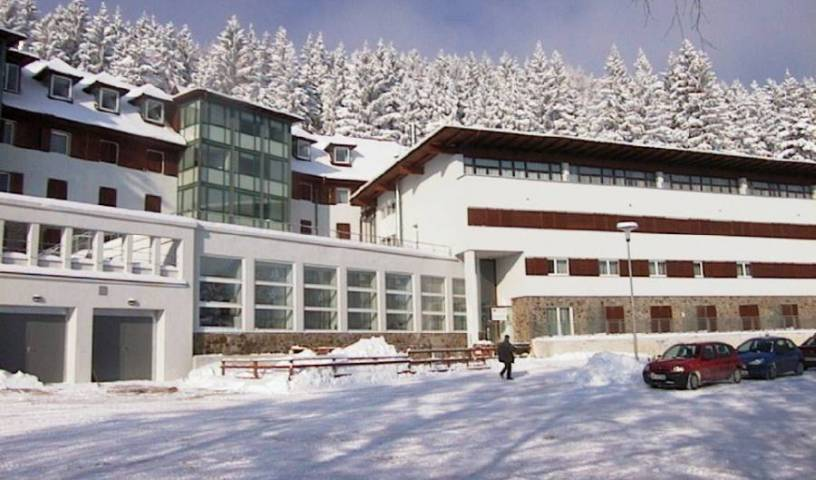Aparthotel Pohorje - Search available rooms for hotel and hostel reservations in Maribor 7 photos