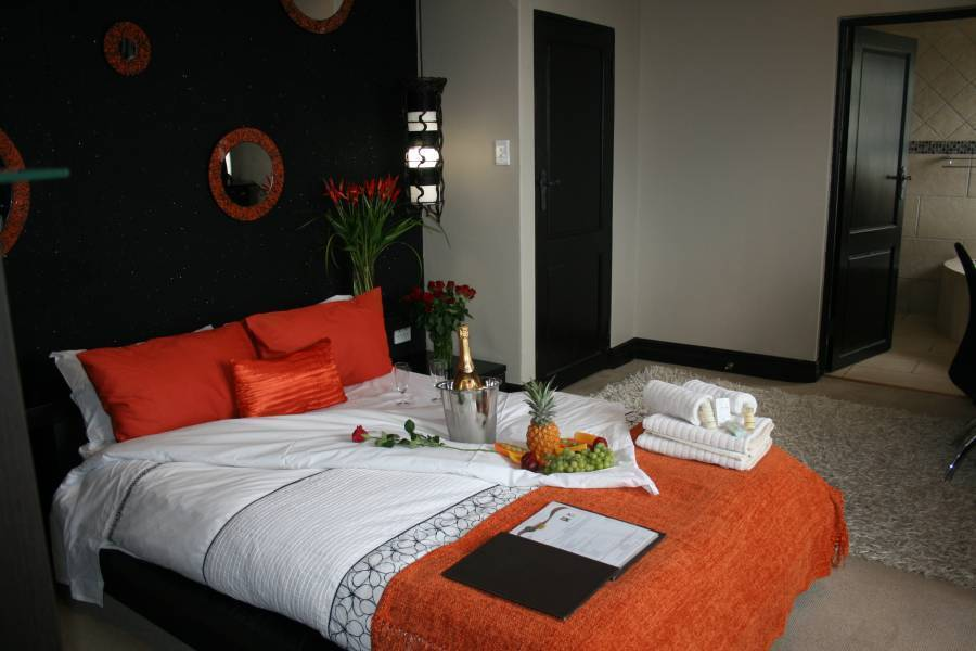 Africa Paradise - Airport Guest Lodge, Johannesburg, South Africa, best beach hotels and hostels in Johannesburg