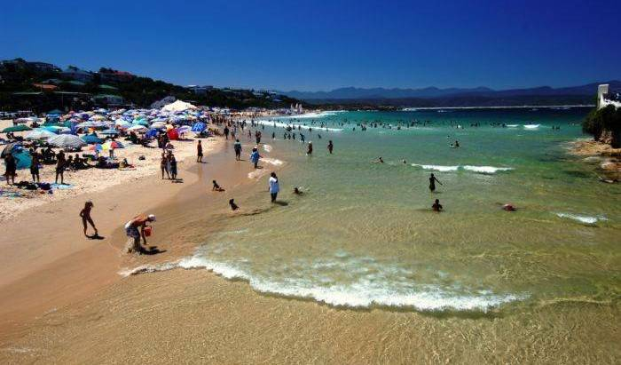 Plett Beachfront Accommodation - Search for free rooms and guaranteed low rates in Plettenberg Bay 11 photos