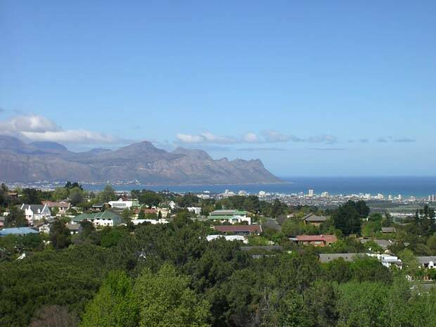 Huis Waveren, Somerset West, South Africa, hostels with free wifi and cable tv in Somerset West